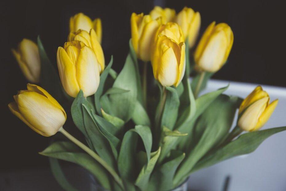 Smukke blomsterbuketter til en du holder af